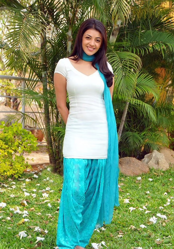 Actress Stills Surfingall