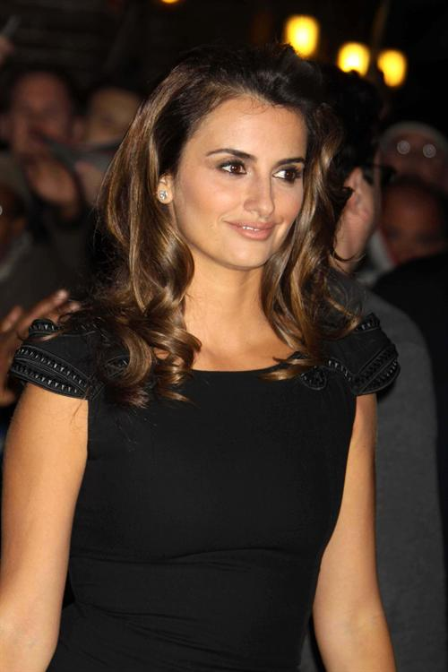 Penelope Cruz Hair, Long Hairstyle 2013, Hairstyle 2013, New Long Hairstyle 2013, Celebrity Long Romance Hairstyles 2287