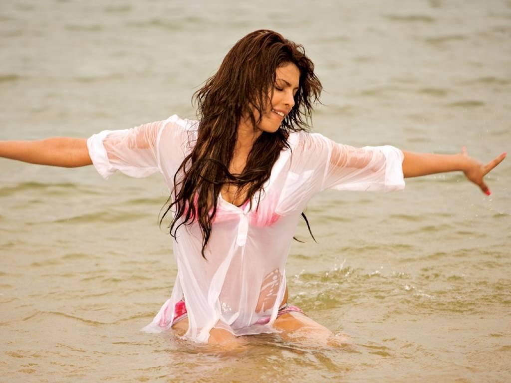 Chantelle houghton bikini
