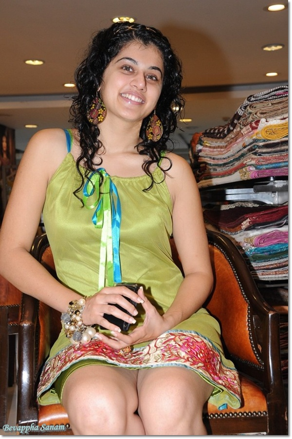 Tapsee Photo Shoot | Cute Actress Tapsee Wallpapers | Tapsee Sexy